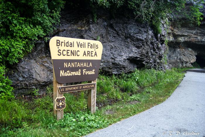 Bridal Veil Falls Sign