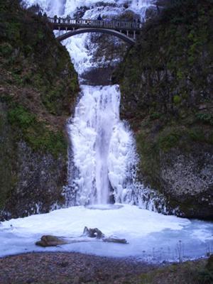 Multnomah Falls, Columbia River Gorge. Oregon